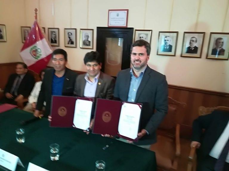 UNSA y Tisur firman convenio para iniciar obra de sede Mollendo