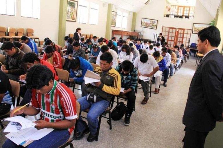 Jóvenes tambeños se benefician de programa Forjando Futuro de Southern Peru