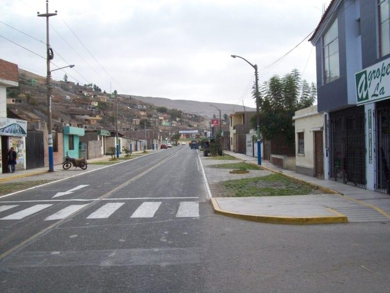 Disponen embanderamiento en el distrito de Deán Valdivia