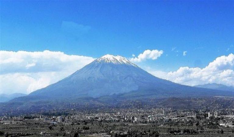 Comunican sobre condiciones del volcán Misti en el marco de simulacro