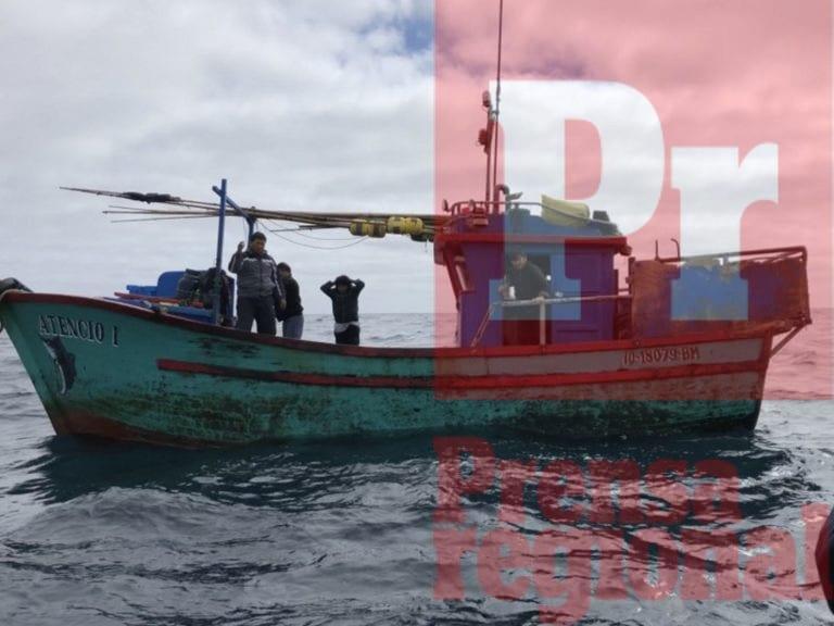 Dos embarcaciones pesqueras de Ilo son detenidas por la Armada Chilena