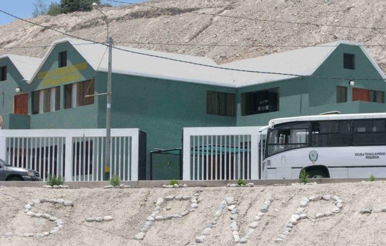Madre de alumno encontrado muerto dentro de Escuela Técnica de la PNP pide justicia