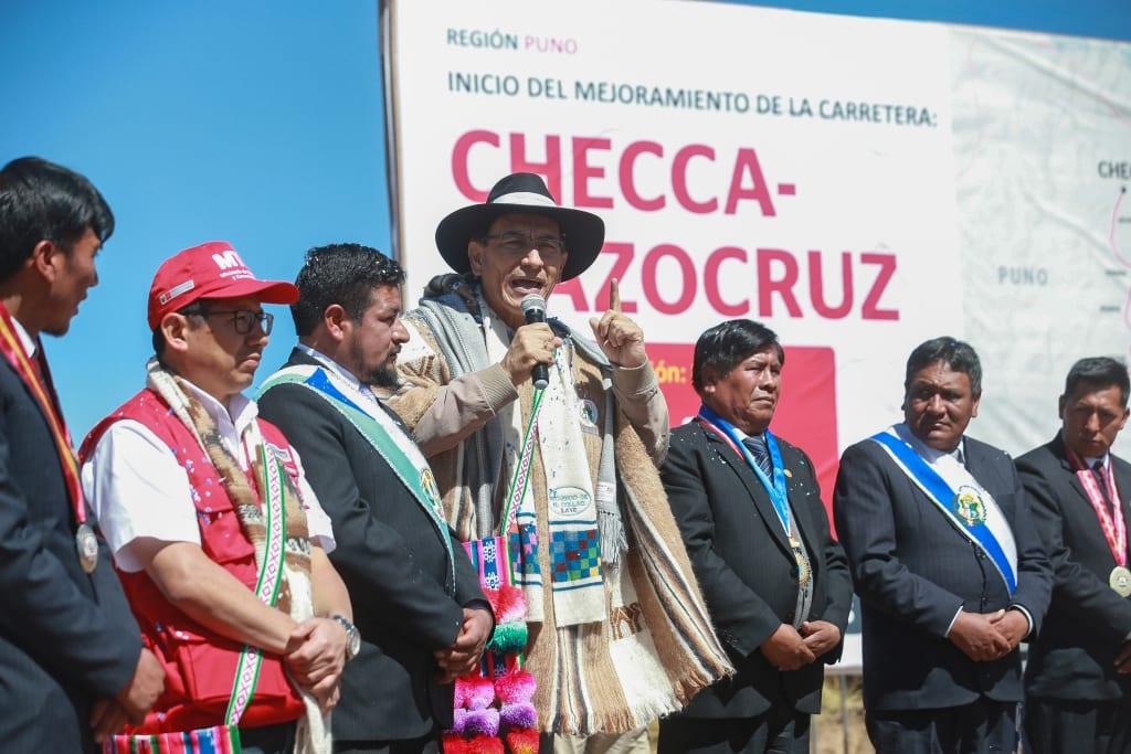 Presidente Martín Vizcarra y ministro Edmer Trujillo dan inicio a
