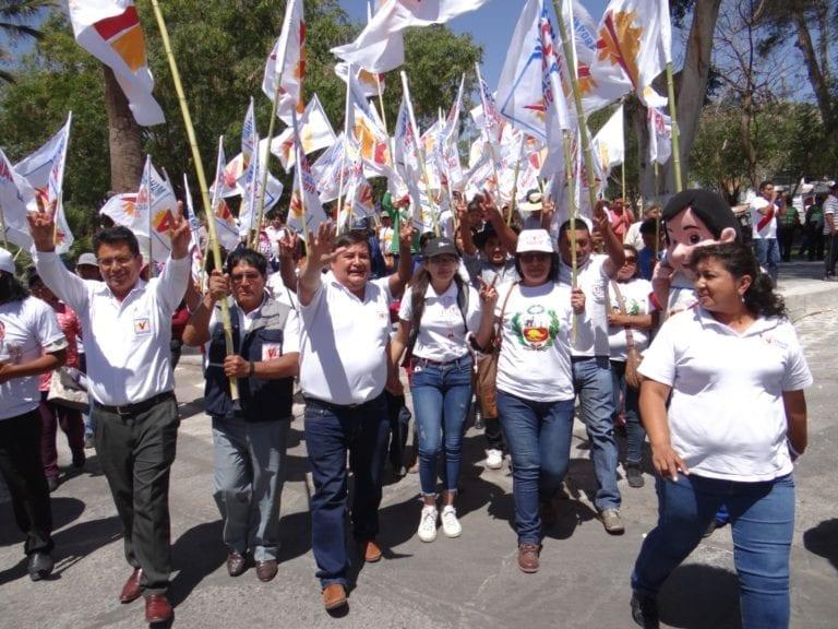 Abraham Cárdenas se consolida como el próximo alcalde provincial