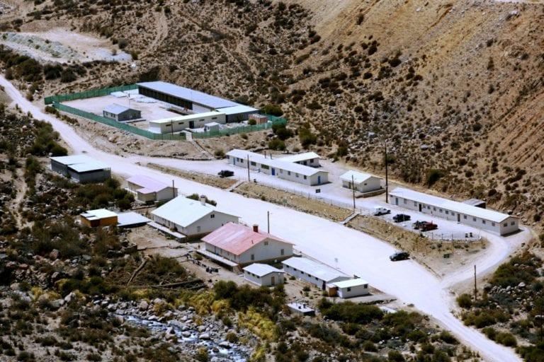 Policías contagiados en campamento Quellaveco con covid-19 temen por su vida