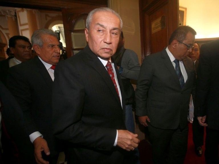 Pedro Chávarry ordenó deslacrado ilegal de oficinas, asegura exasesora