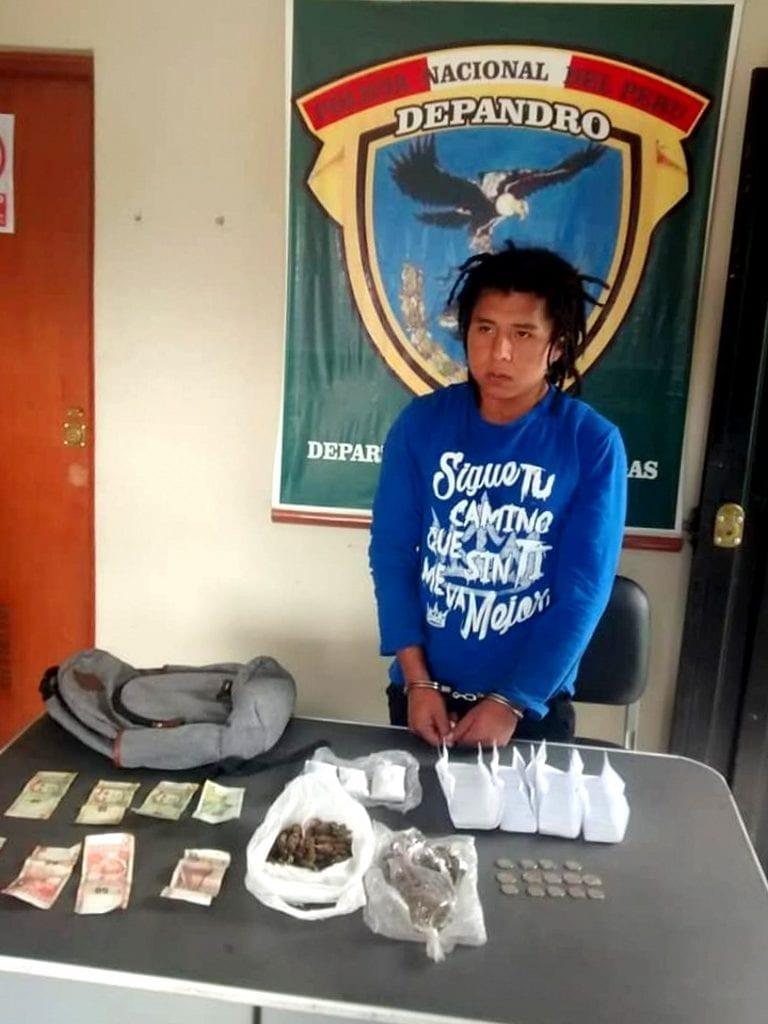 Intervienen a presunto vendedor de droga en Samegua