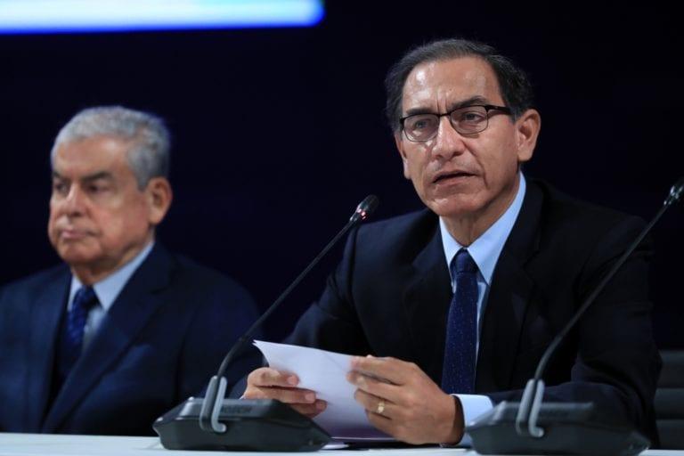 Vizcarra exige a autoridades regionales y locales ser firmes contra corrupción