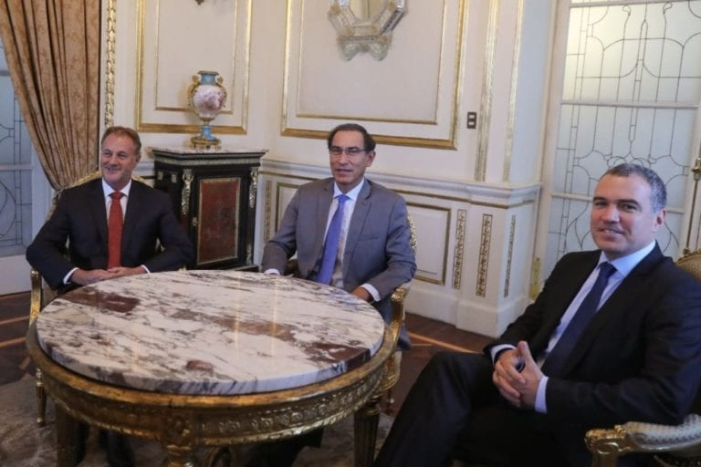 Presidente Vizcarra y jefe del Gabinete se reunieron con alcalde de Lima