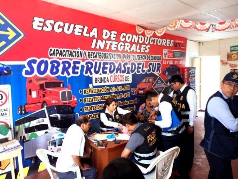 Moquegua: Fiscalía y Policía Anticorrupción intervienen escuelas de manejo y detienen a varias personas