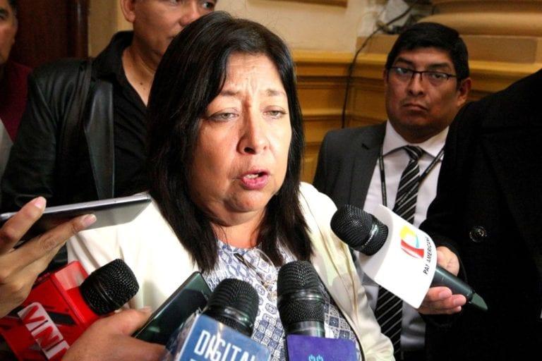Comisión de Ética recomienda suspender por 60 días a María Elena Foronda