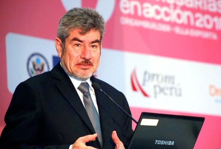 Ministro de Cultura rechaza propuesta de Chile y peleará por defender la denominación de origen del pisco