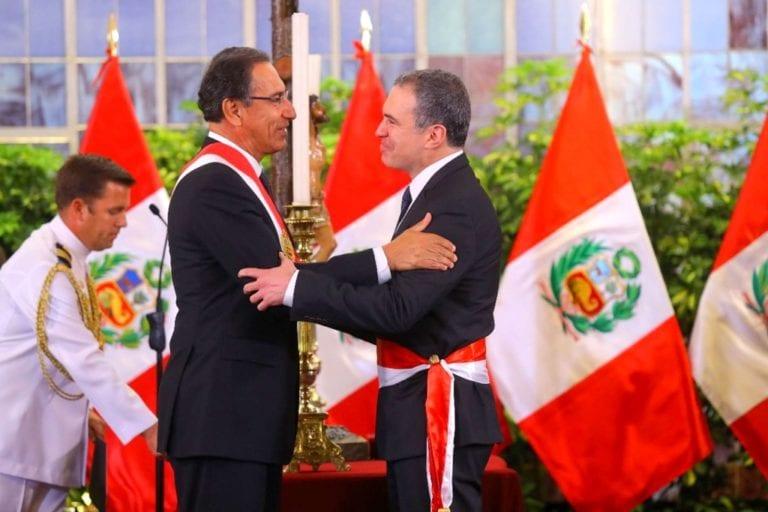 Martín Vizcarra tomó juramento a nuevo Gabinete Ministerial presidido por Salvador del Solar