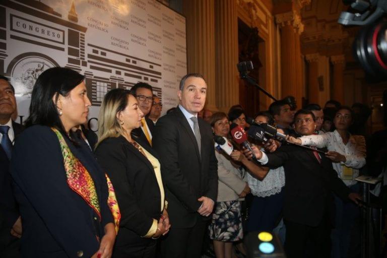 Del Solar: voto de confianza permitirá al Gobierno seguir trabajando por el Perú
