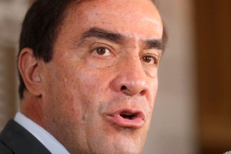 Congreso suspendió 120 días a Yonhy Lescano por denuncia de acoso sexual