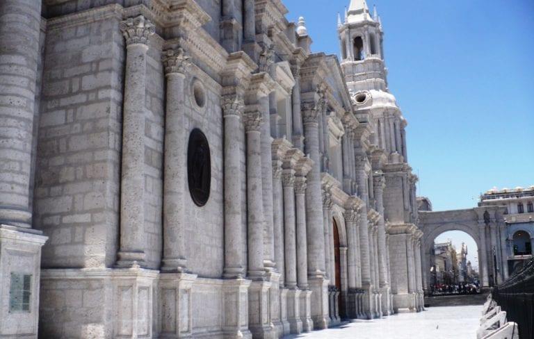 Arequipeños podrán acceder gratis al museo y techo de la catedral