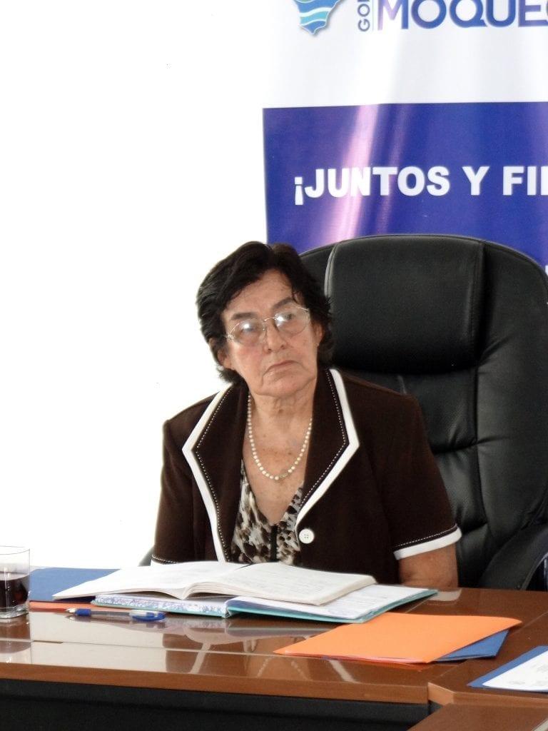 """Cristala Constantinides: """"No se debe entregar agua al valle de Tambo"""""""