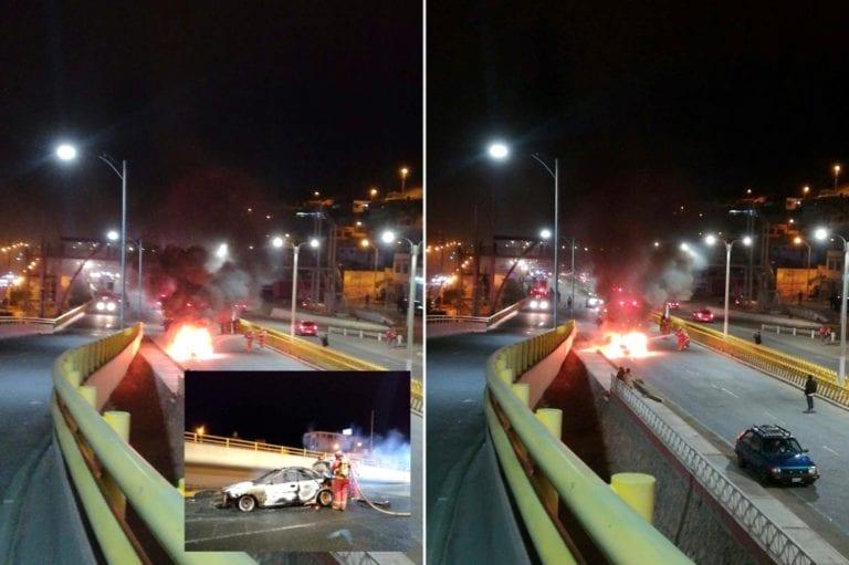 Vehículo se incendia en la Av. Andrés A. Cáceres