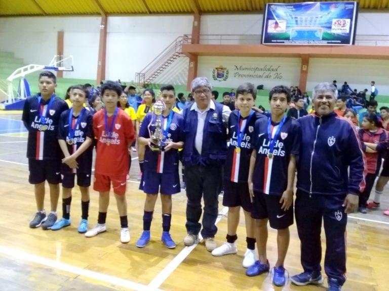 Ileños entusiasmados en el regional de futsal