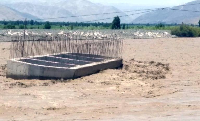 Más daños en infraestructura y campos de cultivo por crecida del río Tambo