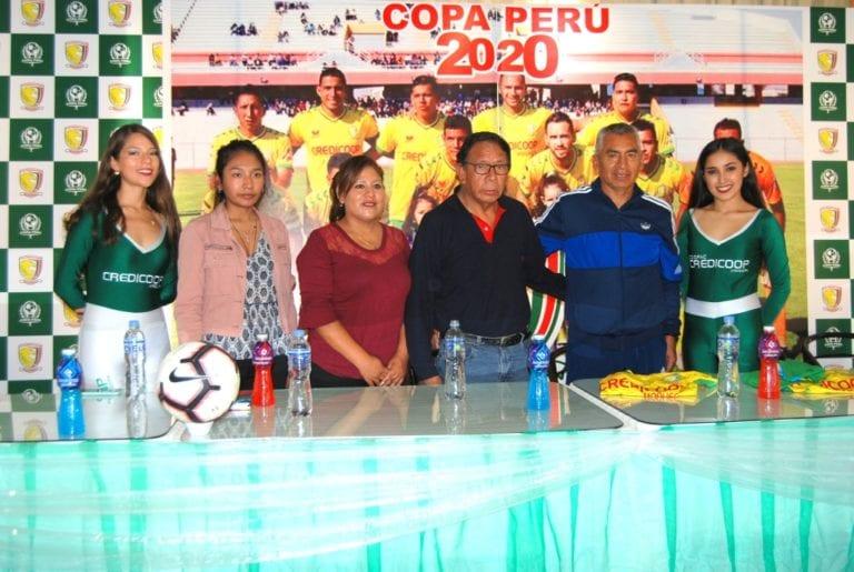 """Presentan a """"Puchito"""" Flores como entrenador del Credicoop San Cristóbal"""