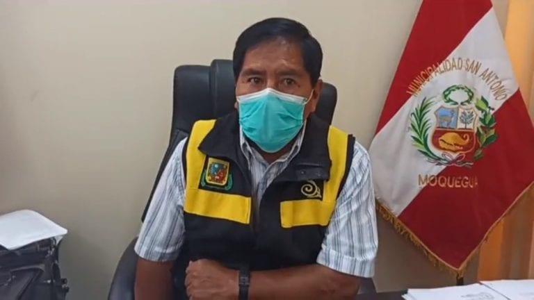Alcalde de C.P. San Antonio saluda entrega de contenedores soterrados