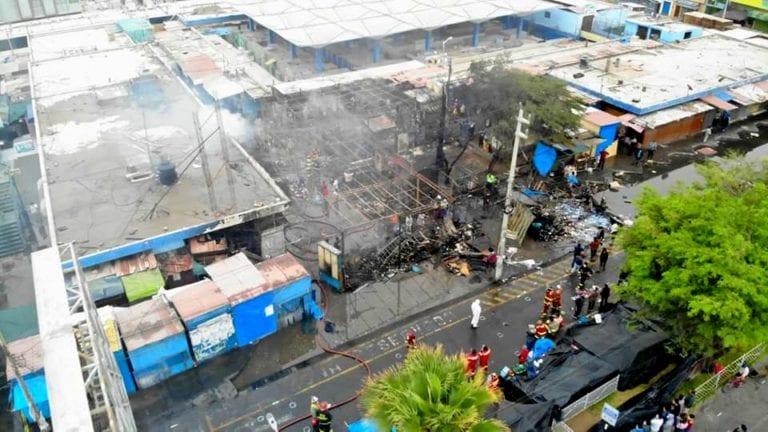 Sospechan que extranjeros provocaron incendio en mercado de Ilo