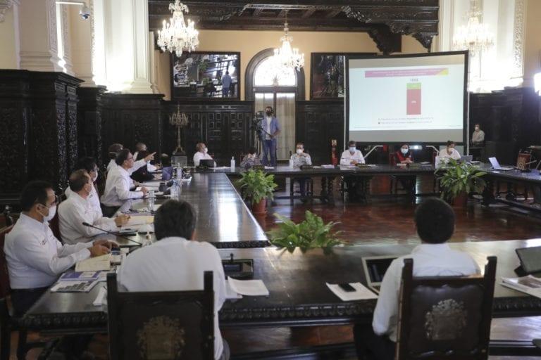 Perú llegó al tope de casos covid-19 y comienza el descenso