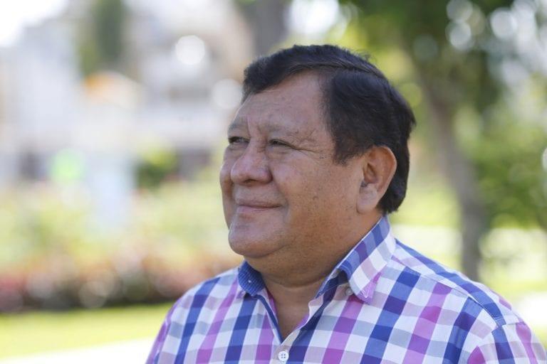 Ahora Walter Ascona votará en contra de pedido de vacancia de presidente Vizcarra