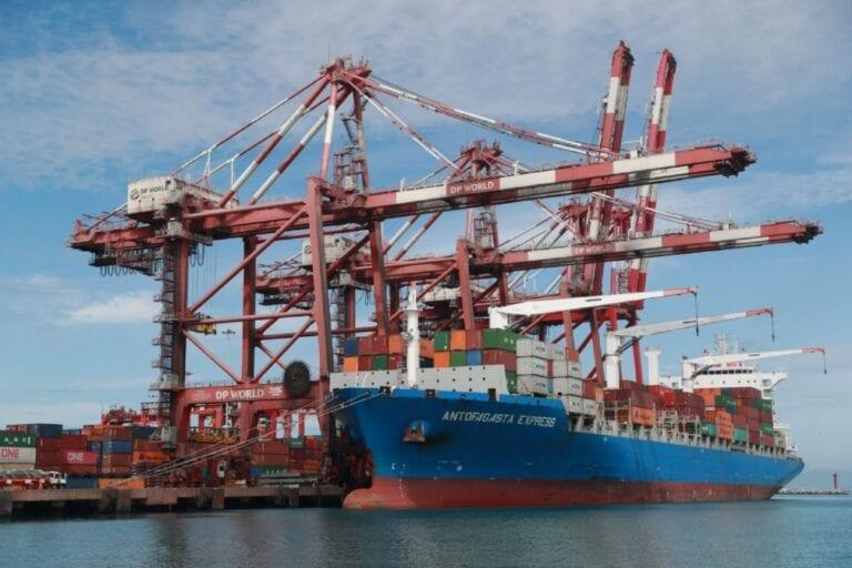 Continúa transporte marítimo de cabotaje de puerto a puerto