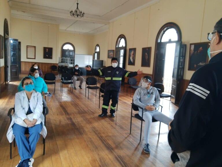 Patrullas de auxilio Covid de la Municipalidad Provincial de Islay recibieron capacitación