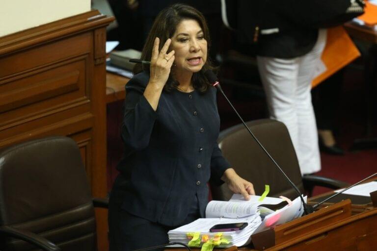 """""""Probablemente el Tribunal Constitucional declare inconstitucional esta ley"""", indicó Martha Chávez"""