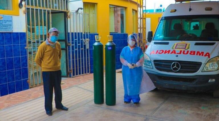 Municipio punteño entrega dos balones de oxígeno a centro de salud