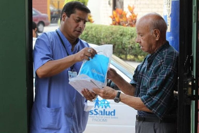 Mollendo: Entregarán medicamentos a domicilio a asegurados de Programas de EsSalud