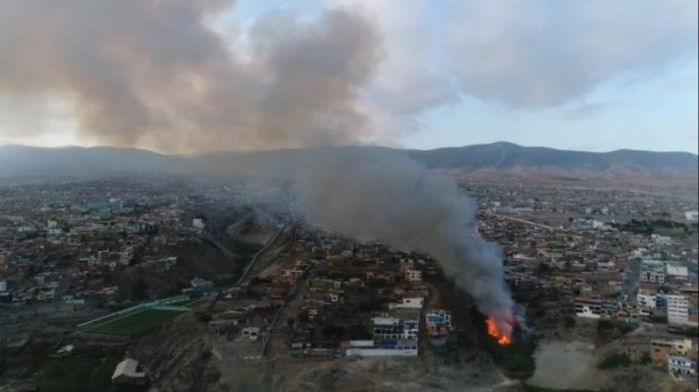 Incendio forestal alertó a mollendinos