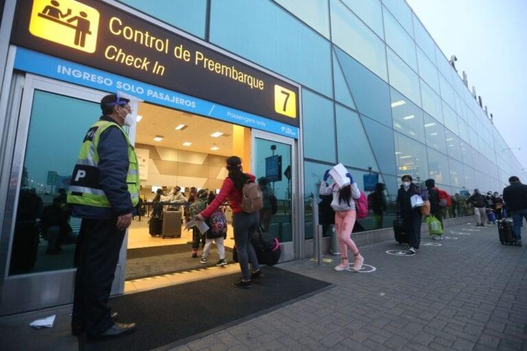 Vuelos internacionales de pasajeros vuelven desde el 5 de octubre