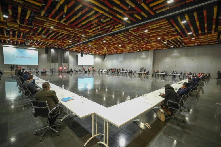 Gobierno transfiere más de S/ 5,300 millones a municipios