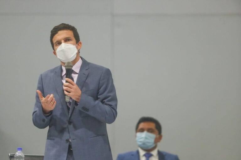 Ministro Incháustegui reveló nombres de quienes lo buscaron para «gabinete transitorio»