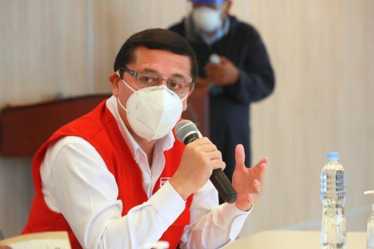 Viceministro de Defensa se reúne con alcaldes para ver avance sobre planta de oxígeno