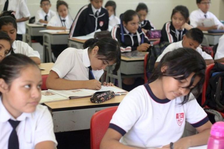 Es probable que el próximo año escolar inicie con las clases presenciales