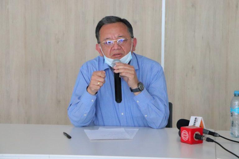 Congresista Edgar Alarcón investiga obras del Hospital Regional y Lomas de Ilo