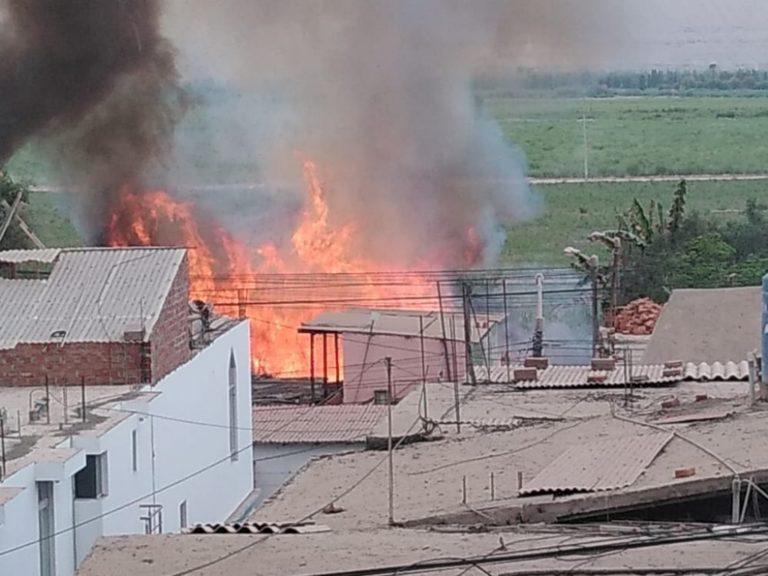 Incendio alarmó a vecinos del centro de Cocachacra