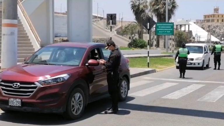 Imponen papeletas a vehículos privados durante operativo en circuito de playas de Mollendo
