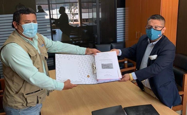 Alcalde de Islay – Matarani solicita financiamiento para dos proyectos