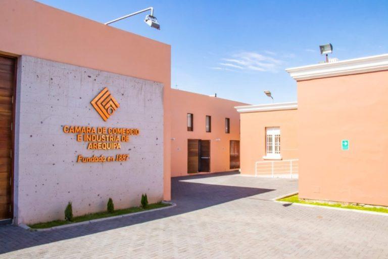 Cámara de Comercio de Arequipa se pronuncia en contra de vacancia