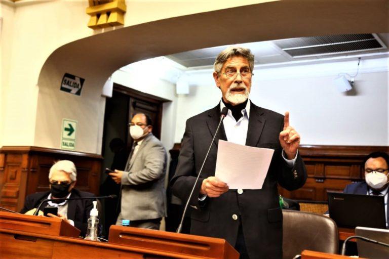 Francisco Sagasti es nuevo titular del Congreso y asumirá Presidencia