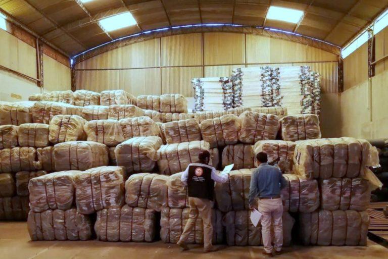 Gobierno Regional de Arequipa compró 10 mil frazadas con sobreprecio