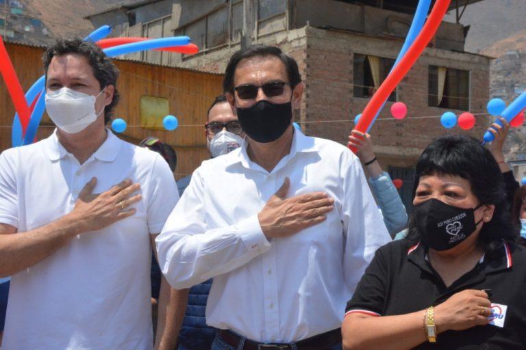 Salaverry dice que Vizcarra no tiene por qué renunciar a su candidatura