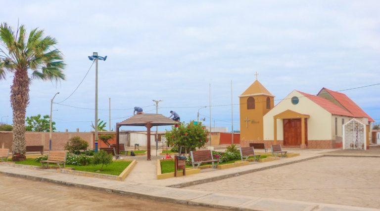 Realizan mantenimiento a plaza de Catas por su aniversario