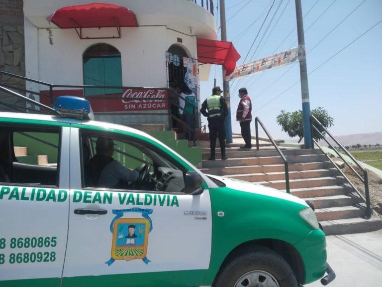 Intervienen tiendas y restaurantes en Deán Valdivia